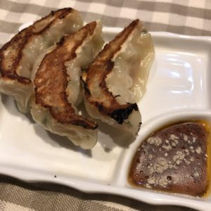 「西天満飯店」餃子